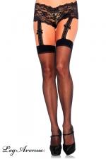 Bas à jarretelles et shorty dentelle : Bas voile sexy, attachés à un élégant shorty dentelle par des jarretelles larges décorées de noeuds satin.