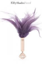 Plumeau BDSM - Fifty Shades Freed : Un luxueux plumeau Fifty Shades Of Grey pour exciter les sens de votre partenaire.